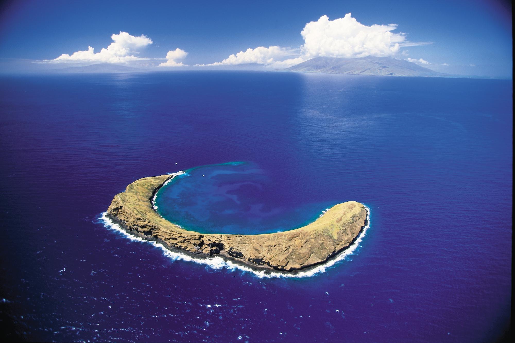 Hawaii Island Hopping Maui til Oahu Tour Package - Royal Hawaiian Tour